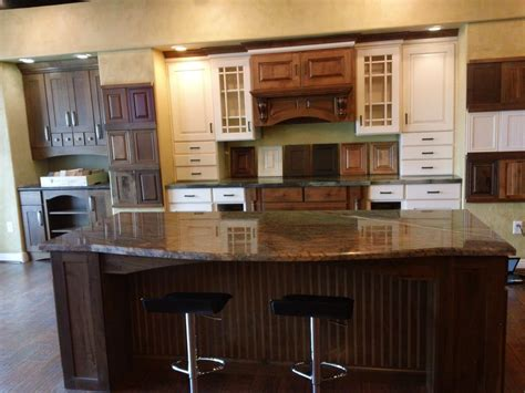 Willbanks Kitchen Cabinet Showroom In Las Vegas Yelp Kitchen Cabinets Las Vegas