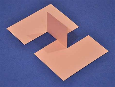 Interesting Paper Folds - make an impossible flap illusion