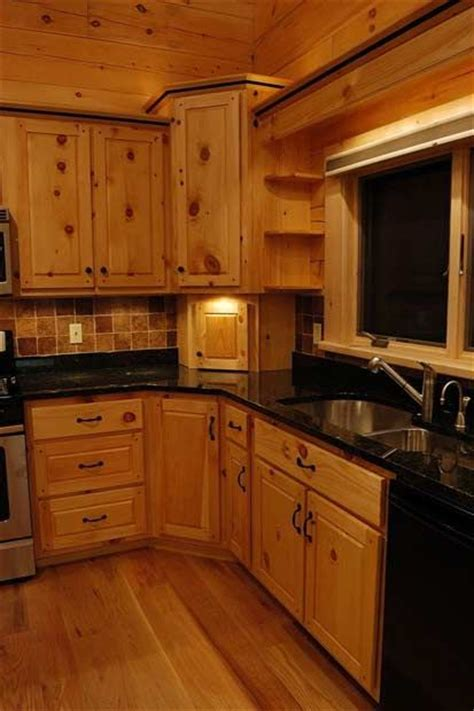Kitchen Cabinets Pine 25 Best Ideas About Pine Kitchen On Pinterest Pine Kitchen Cabinets Pine Cabinets And Knotty