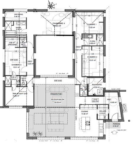 Plan Maison Avec Patio by De Maison 4 Chambres Avec Patio Plan Newsindoco Plan