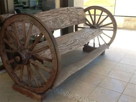 wagon wheel bench seat wagon wheel outside bench ideas 1000x1000 jpg decorating ideas pinterest ideas