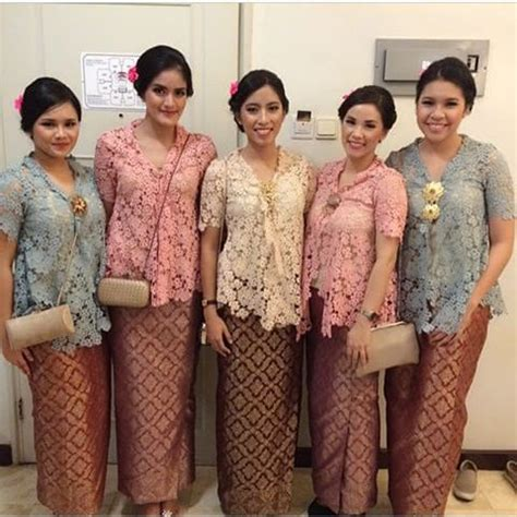 Kebaya Setelan Brokat Betwing Milo pin by dea narendra on kebaya batik kebaya kebaya brokat and brokat