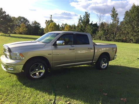 well maintained 2011 dodge ram 1500 for sale
