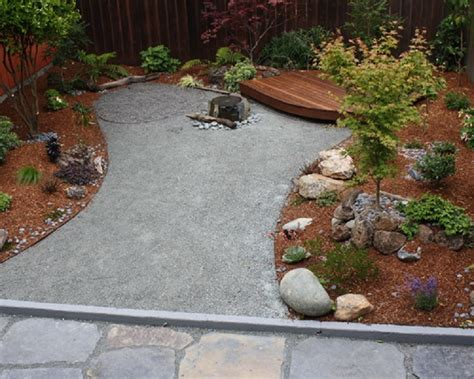 decomposed granite landscaping drought tolerant landscape