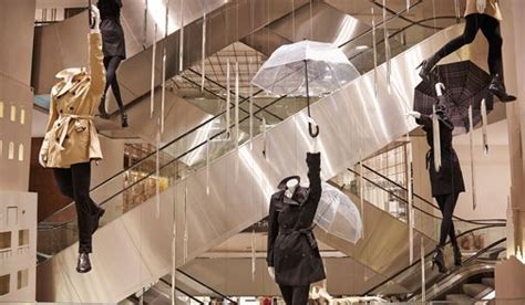 Burberry 4 Maxy Cf 1 burberry hanging mannequins and falling shards in le printemps ppt