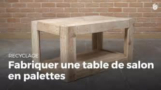 fabriquer une table de salon de jardin avec des palettes