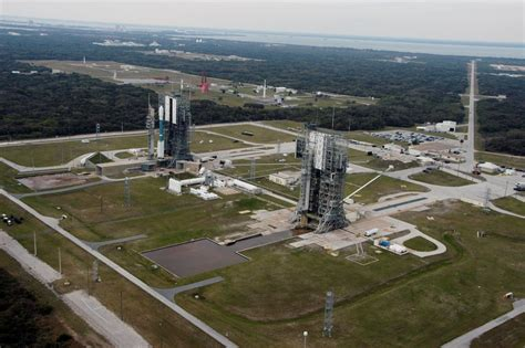 moon express takes cape canaveral delta 2 launch site