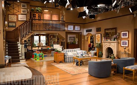 king of queens house layout fuller house set how it came to life thanks to
