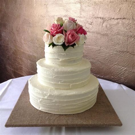 how to decorate cake with fresh flowers cake decorating bonzoe creations cake decorating