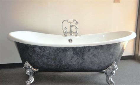 how much does a cast iron bathtub weigh average weight of cast iron tub mloovi blog