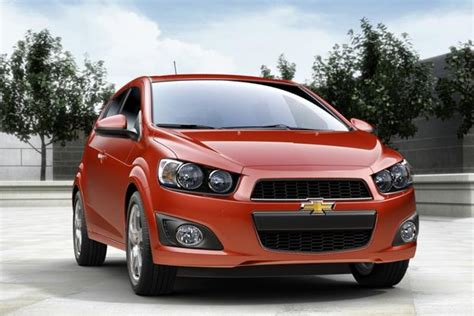 Cars For 12000 by 6 Used Cars 12 000 That Get 40 Per Gallon