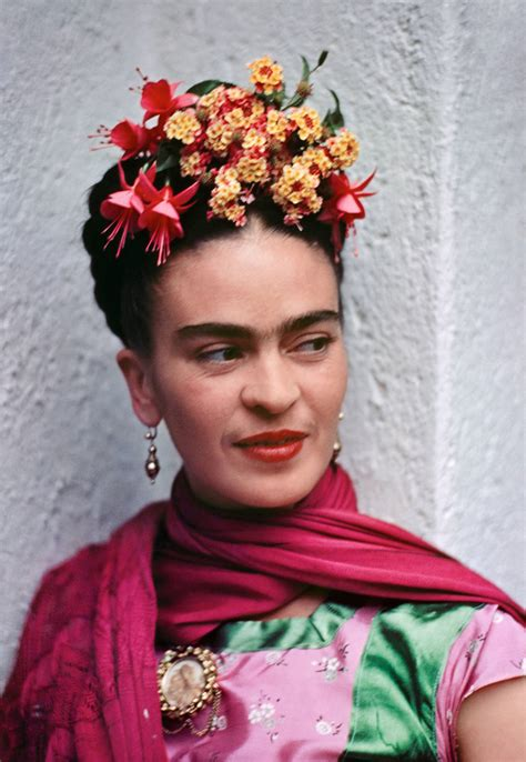 firda pink nickolas muray frida in pink and green blouse