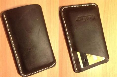 Handmade Leather Iphone - the handmade leather iphone wallet for iphone 5 gadgetsin