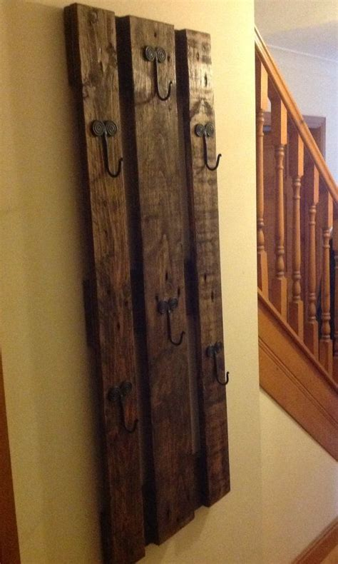 Wall Coat Rack Canada by Wall Mounted Coat Rack Woodworking Projects Plans