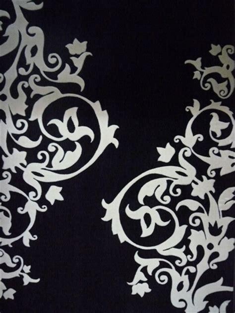 Supérieur Deco De Salon Design #9: Tapis-noir-et-blanc-design-pas-cher.jpg