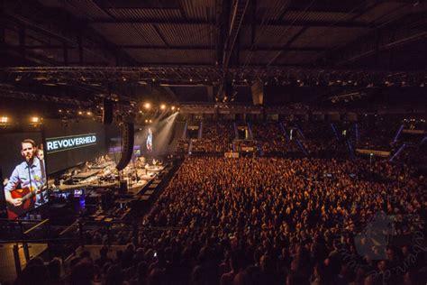Stuttgart Porsche Arena by Revolverheld Unplugged 2016 Stuttgart