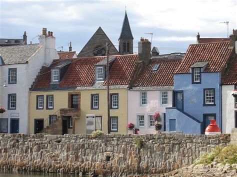 houses to buy in fife houses at the harbour st monans 169 lisa jarvis cc by sa 2 0 geograph britain and