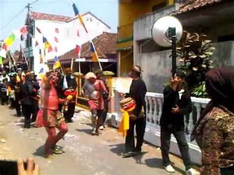 Minyak Kelapa Nunggal penakan genderuwo buto ijo kesenian rakyat sumedang