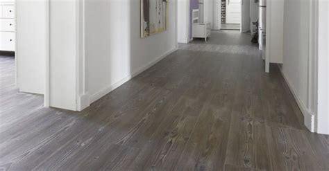 How To Clean Vinyl Floors With Vinegar by 25 Best Ideas About Vinyl Wood Flooring On