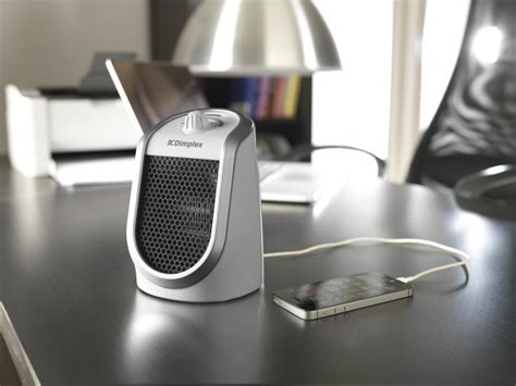 Desk Ceramic Fan Heater With Usb Charging Port