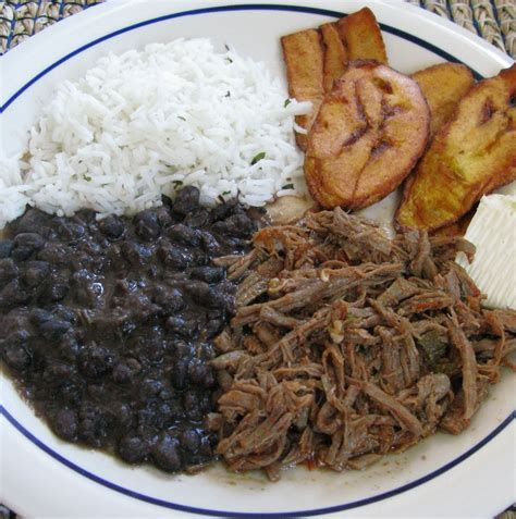 pabellon recipe venezuelan pabell 243 n criollo a traditional venezuelan dish it is a