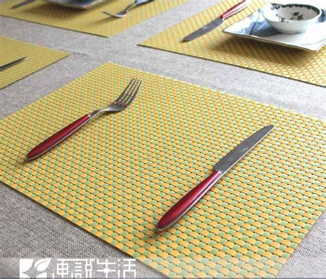 fashion plaid pvc placemat coasters dining table mat heat