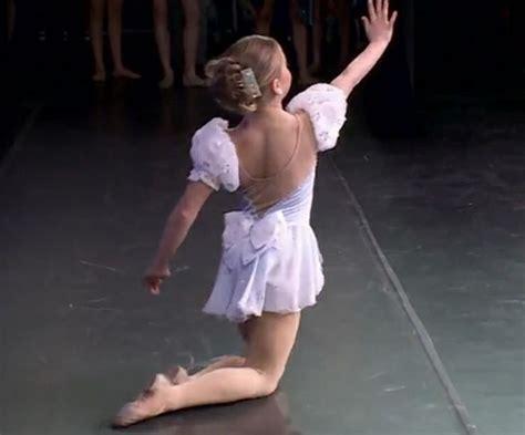 dance moms maddie ziegler cry mackenzie solo cry mackenzie ziegler pinterest