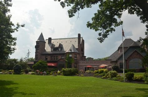 Castle Branch Background Check Reviews Corner Tables At Edgar S Picture Of Edgar S Restaurant