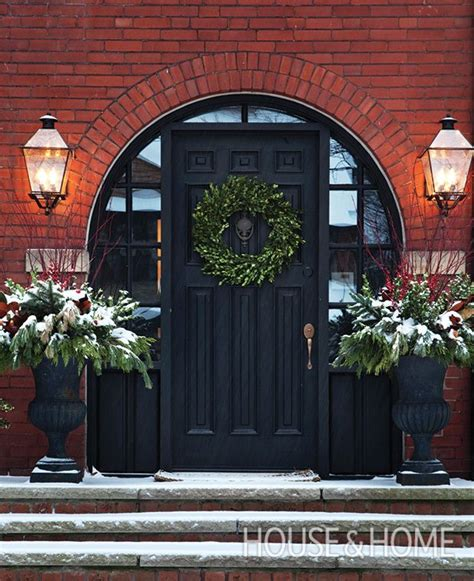 decorating doors for celebratlons 181 best decorating doors for the holidays images on architecture