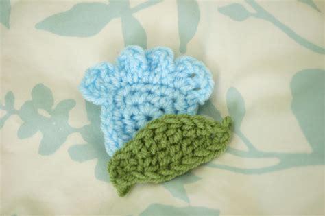 pattern flower applique alli crafts free pattern tulip like flower applique