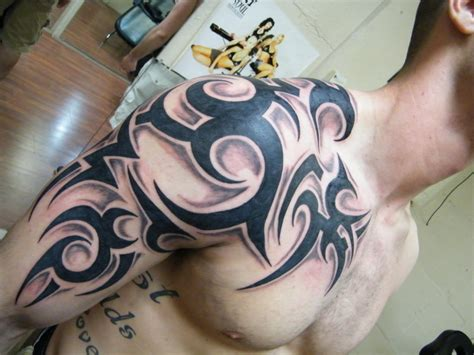 black tattoo designs for men 21 awesome tribal sleeve tattoos designs images and pictures