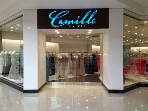 dress shops dress stores palisades mall camille la vie opens their doors at the glendale galleria