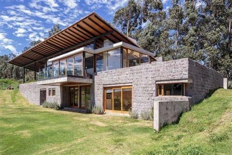 home design center quito magnifique maison bois et pierre par diez muller
