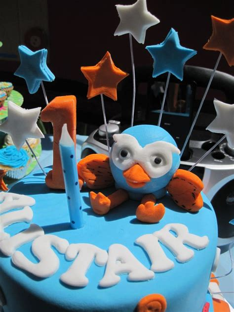 Giggle And Hoot Decorations by 17 Best Images About Giggle Hoot Ideas On Celebrations 1st Birthday Cakes