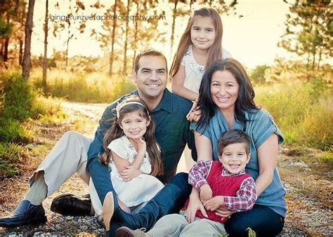 family of 5 photo ideas family picture ideas with teenagers www imgkid com the