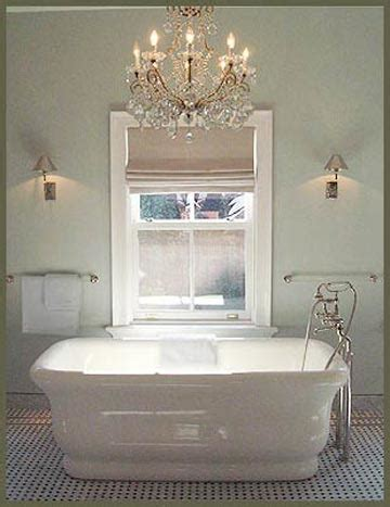 mini bathroom chandeliers 2d0b755e0e9f28e75dab2c3708d2b2df jpg