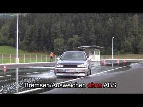 Motorrad Sicherheitstraining Olpe by Fahrsicherheitstraining Adac Kaarst Doovi