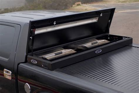 s10 bed cover chevrolet s10 american work tonneau cover with toolbox