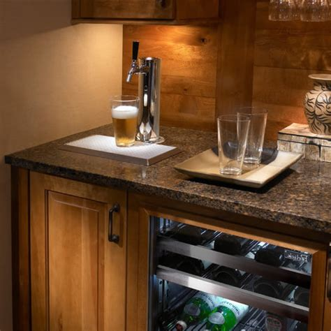 built in kegerator kegerators draft beer dispensers kegerators com