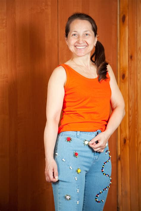 clothing styles for pear shaped women over 50 best clothes for pear shape women over 50