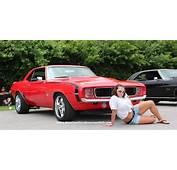 GLENDA Needed A Breakby American Cars Girls