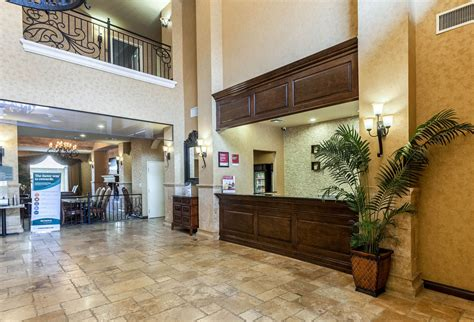 comfort suites alamo riverwalk comfort suites alamo riverwalk in san antonio hotel