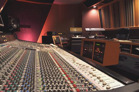 best audio engineering schools why enroll today cue studios center for audio