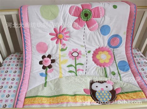Wholesale Crib Bedding Wholesale Appliqued Baby Quilt Nursery Comforter Cot Crib Bedding For Baby Butterfly Animal