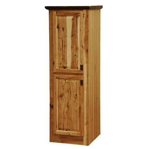 Hickory Linen Cabinet   18 Inch