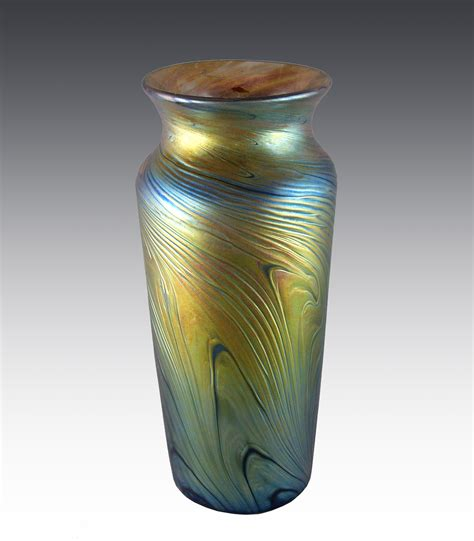 gold iridescent vase