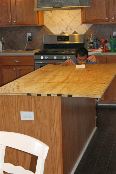 remodelaholic how to create faux reclaimed wood countertops