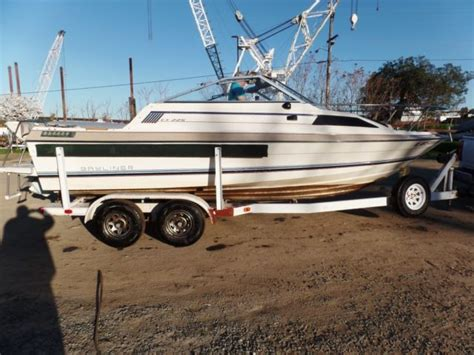 21 ft cuddy cabin boats 1984 bayliner cx 225 21 ft cuddy cabin boat with tandem