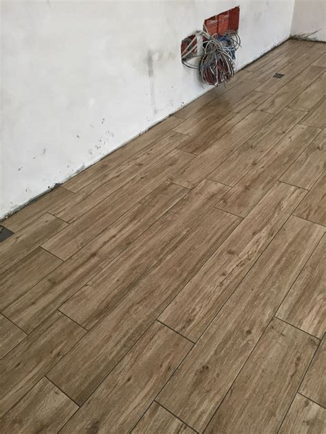 pavimento in finto legno pavimenti in finto legno 2 emme s r l