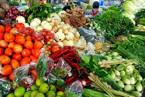 whole grains vegetables and nuts are exles of healthy diet